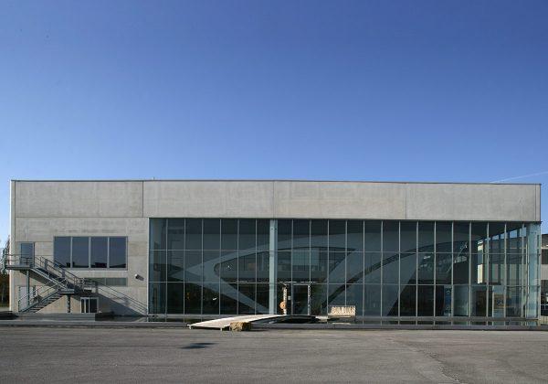 LPM per Iridium Doors - Realizzazione prefabbricati in cemento armato per edilizia industriale